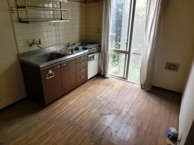 現状回復 キッチン ヤニ ほこり 油