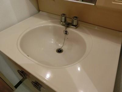 現状回復 洗面所 洗面台 水垢 汚れ