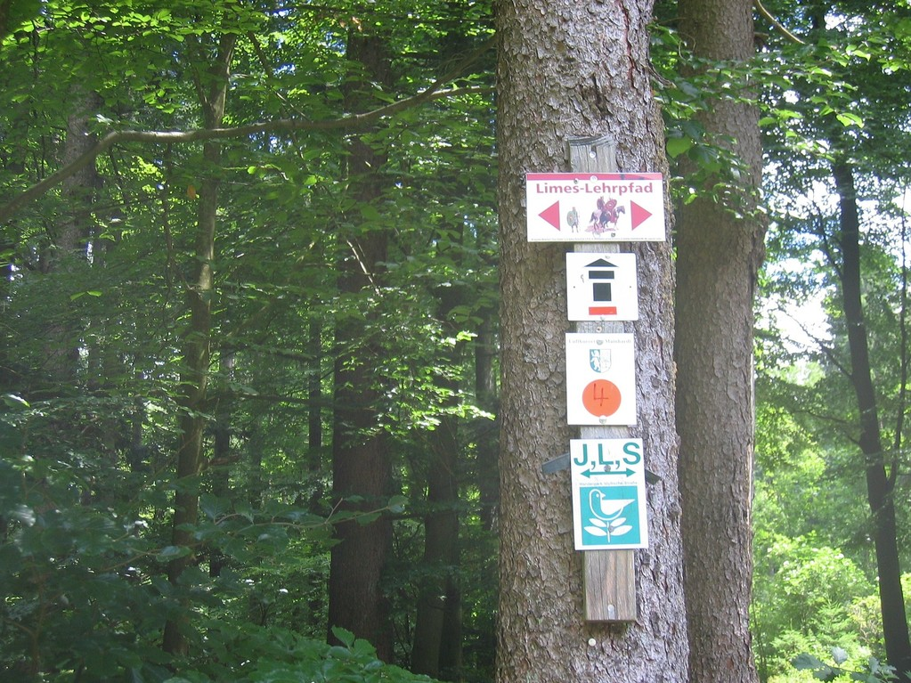 Limeswanderweg = Hauptwanderweg Schwäbischer Albverein H 6