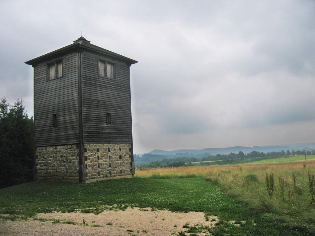 Nachbau Wachtturm  WP 12/77