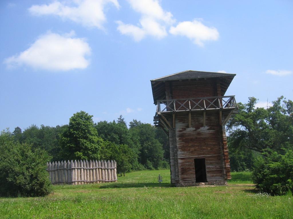 Nachbau Wachtturm WP 12/14 beim Kloster Lorch