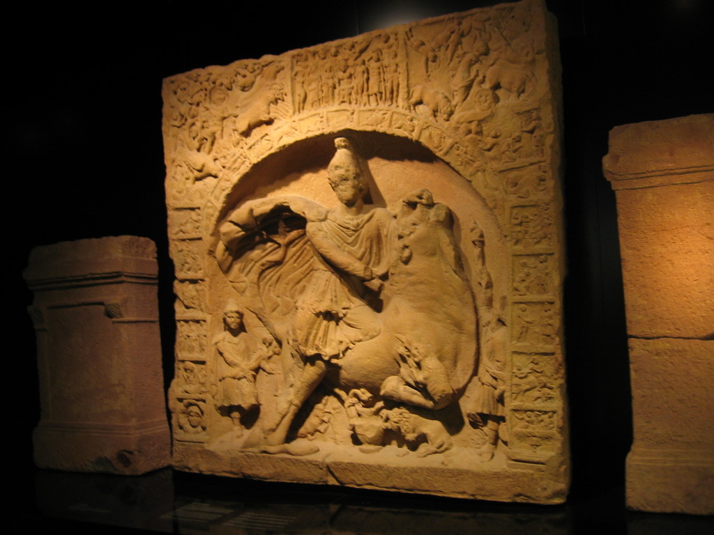 Relief Mithras-Kult