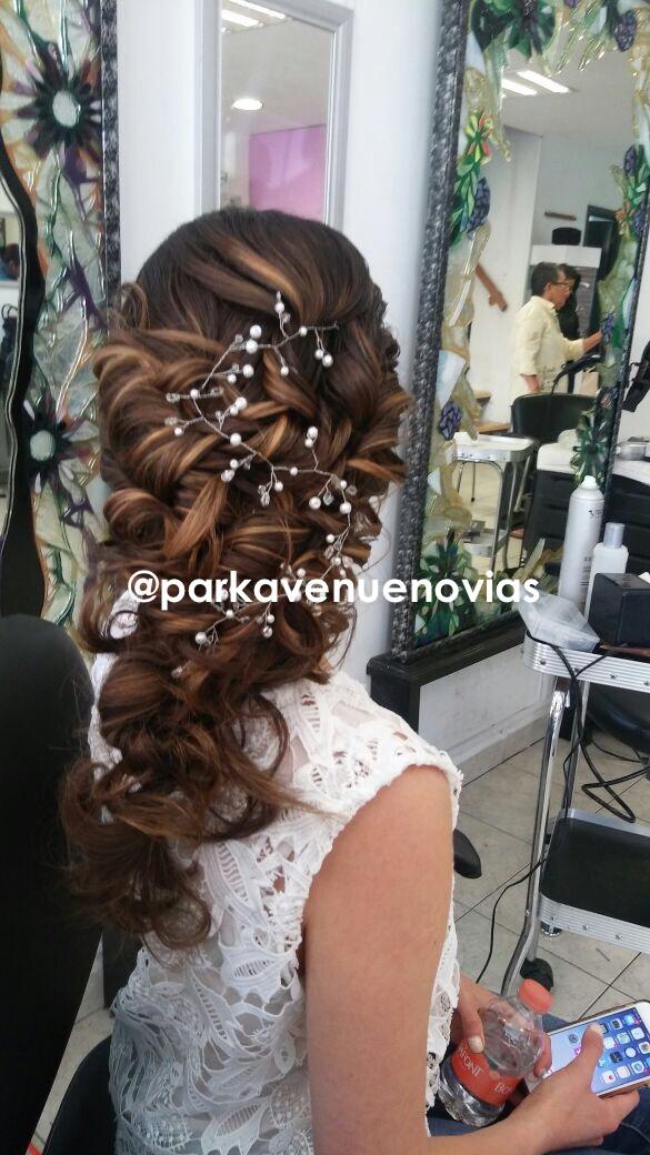 peinado con aplicación para boda en cuerna
