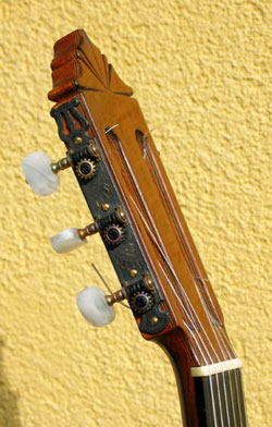 Gerundino Fernandez 1975 - Guitar 1 - Photo 2