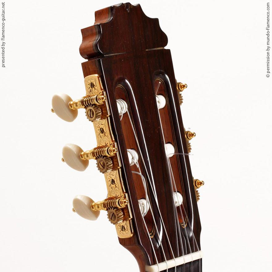 MANUEL REYES HIJO | GUITAR  GITARRE | 2001  | HEADSTOCKS | GITARREN-KOPF