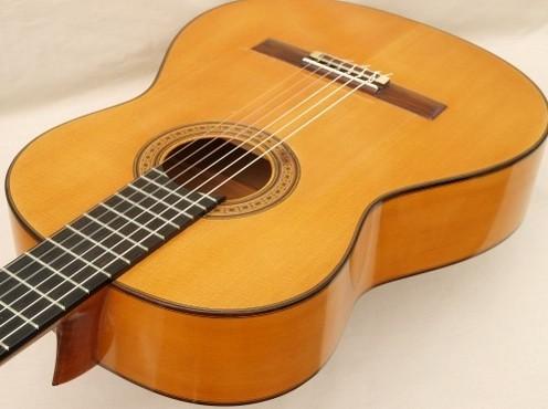 Manuel Reyes 1975 - Guitar 1 - Photo 1