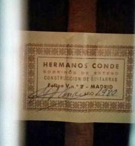 Hermanos Conde 1980 - Guitar 3 - Photo 1