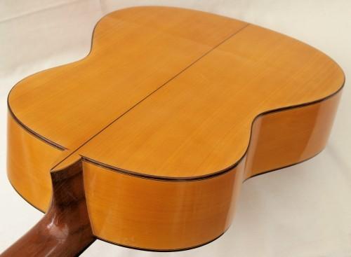 Manuel Reyes 1968 - Guitar 1 - Photo 3