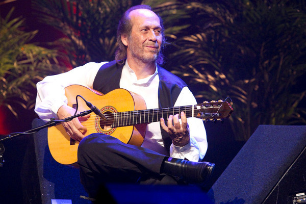 Lester Devoe 2010 - Paco de Lucia - Guitar 2 - Photo 4