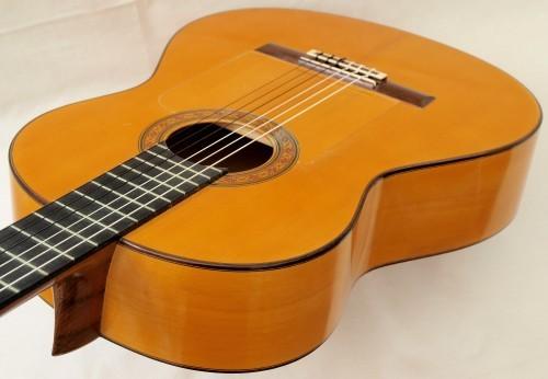 Manuel Reyes 1968 - Guitar 1 - Photo 1