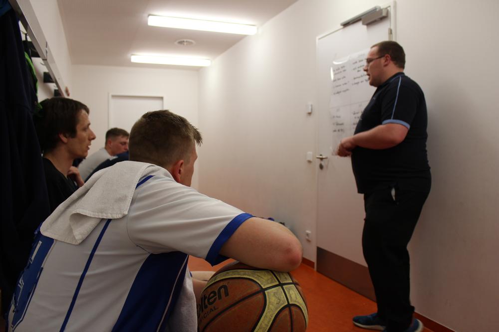 Teambesprechung vor dem Spiel