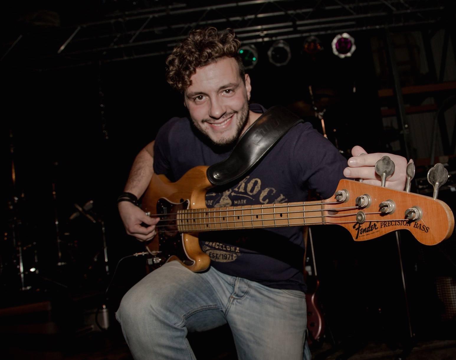 Luca Sciandrone (Bass)