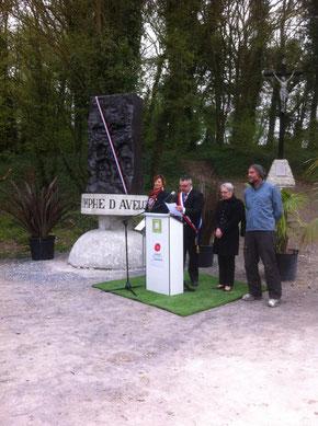 Aveluy- samedi 23 avril - inauguration de la Nymphe d'Aveluy en présence de la sous-préfète et inauguration de l'exposition la ligne du temps 14-18