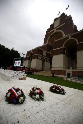 1er juillet- Thiepval - Cérémonie du Centenaire de la Bataille de la Somme en présence de la famille royale au mémorial franco-britannique (« avec l'aimable autorisation de la CWGC)