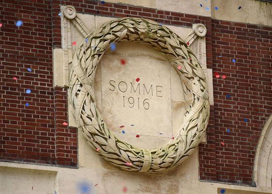 1er juillet- Thiepval - Cérémonie du Centenaire de la Bataille de la Somme en présence de la famille royale au mémorial franco-britannique (« avec l'aimable autorisation de la CWGC )
