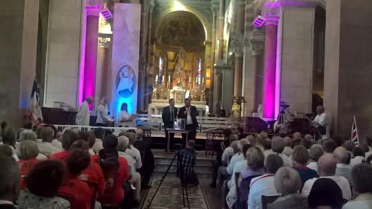 30 juin- Albert- Basilique Notre-Dame de Brebières- remise des diplômes aux marcheurs de la Marche du Souvenir Ypres/Albert