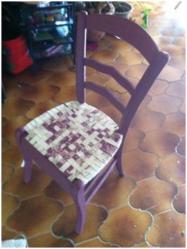 rempaillage en tissu et peinture d'une chaise