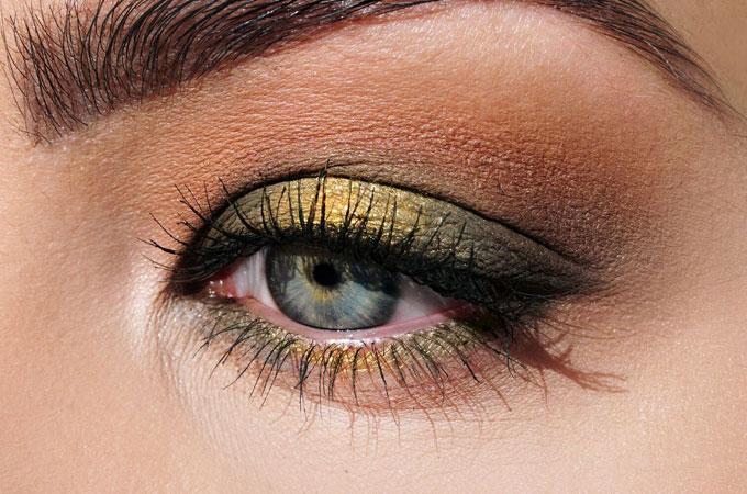 Make up für das Auge von Uoga Uoga