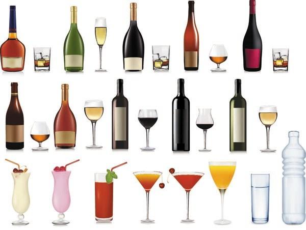 ワインボトルとゴブレット wine bottles goblets fruit juice