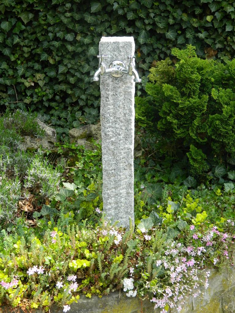 Gartenwassersäule wasserzapfsäulen standard wasserspeier brunnen garten und