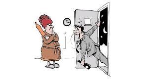 un homme ivre entre chez lui, attendu par sa femme avec un rouleau à patisserie