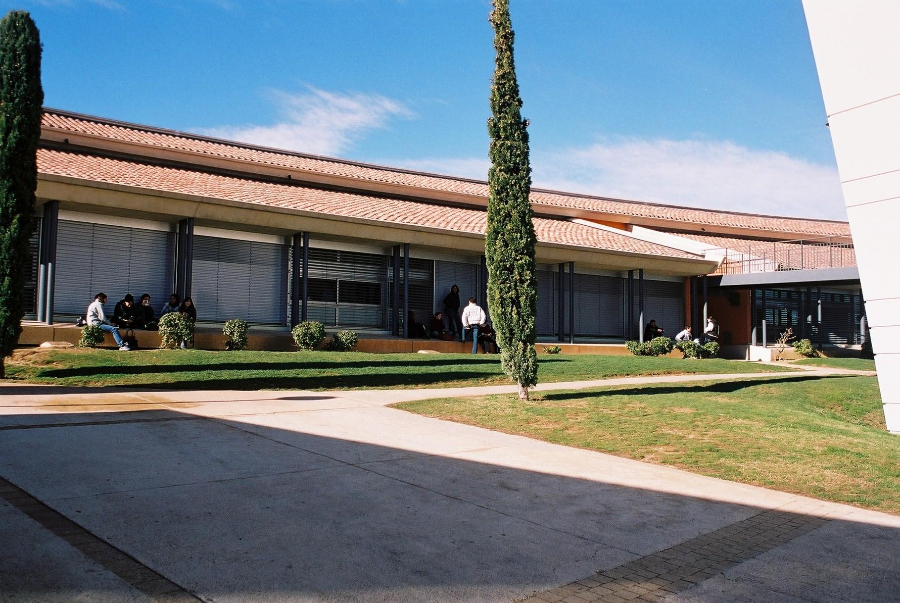 Il a été inauguré en 1996
