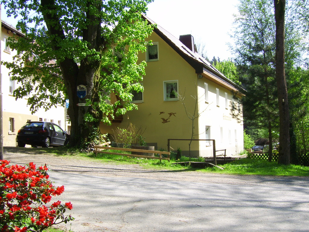Das Nebengebäude mit 7 Gästezimmern
