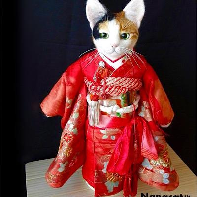 【市松三毛子】2017.7 W25cm×D18cm×H45cm 三毛猫の市松人形 『JAPAN EXPO PARIS』出品
