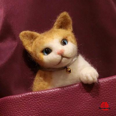 【ポケットにゃんこ】子猫のブローチです。初心者様以上向けワークショップ用。所要時間2~3時間