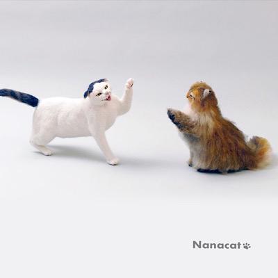 【猫ケンカ】ヘタレなのにケンカをふっかけるのはいつも「なな」普段はおとなしいのに売られたケンカは必ず買う「ちゃちゃ」しかも強い。