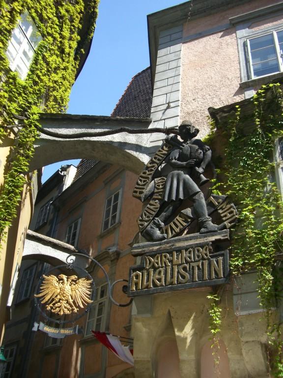 "Wien - Traditionslokal ""Lieber Augustin"""