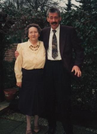 1985 - Horst Walkowiak mit Mutter Else