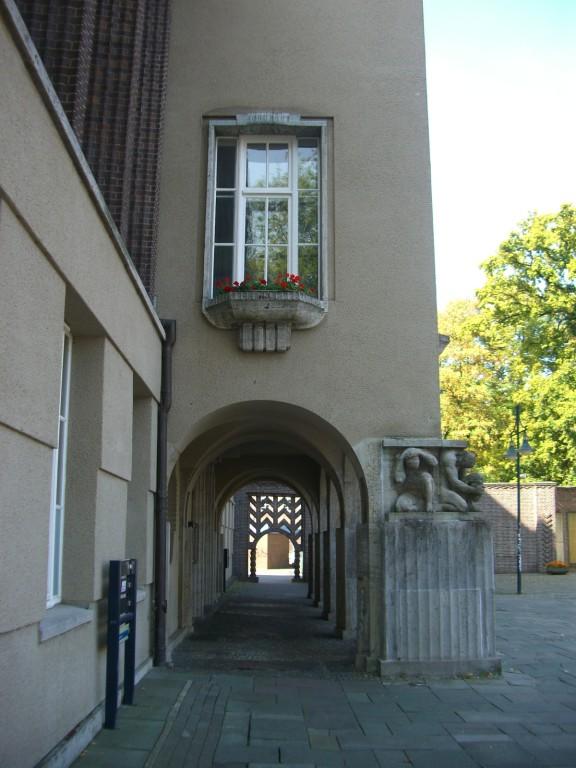 Rathaus - Arkadengang