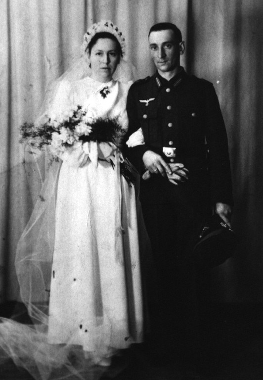 11.03.1942 - Hochzeit Wladislaus Walkowiak + Else Lindemann