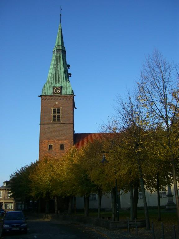 """Evangelische Stadtkirche """"Zur heiligen Dreifaltigkeit"""""""