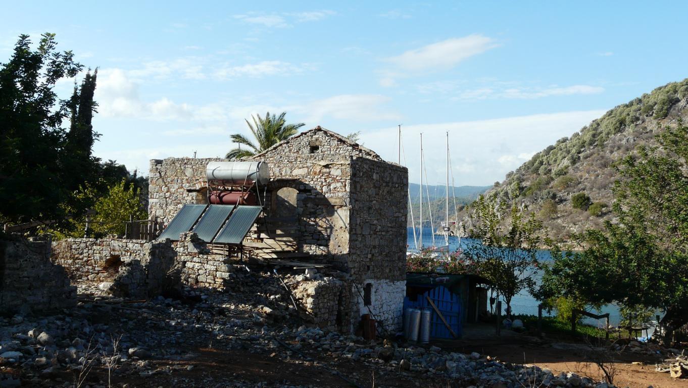 Keine byzantinische Ruine, sondern noch bewohnter Hof