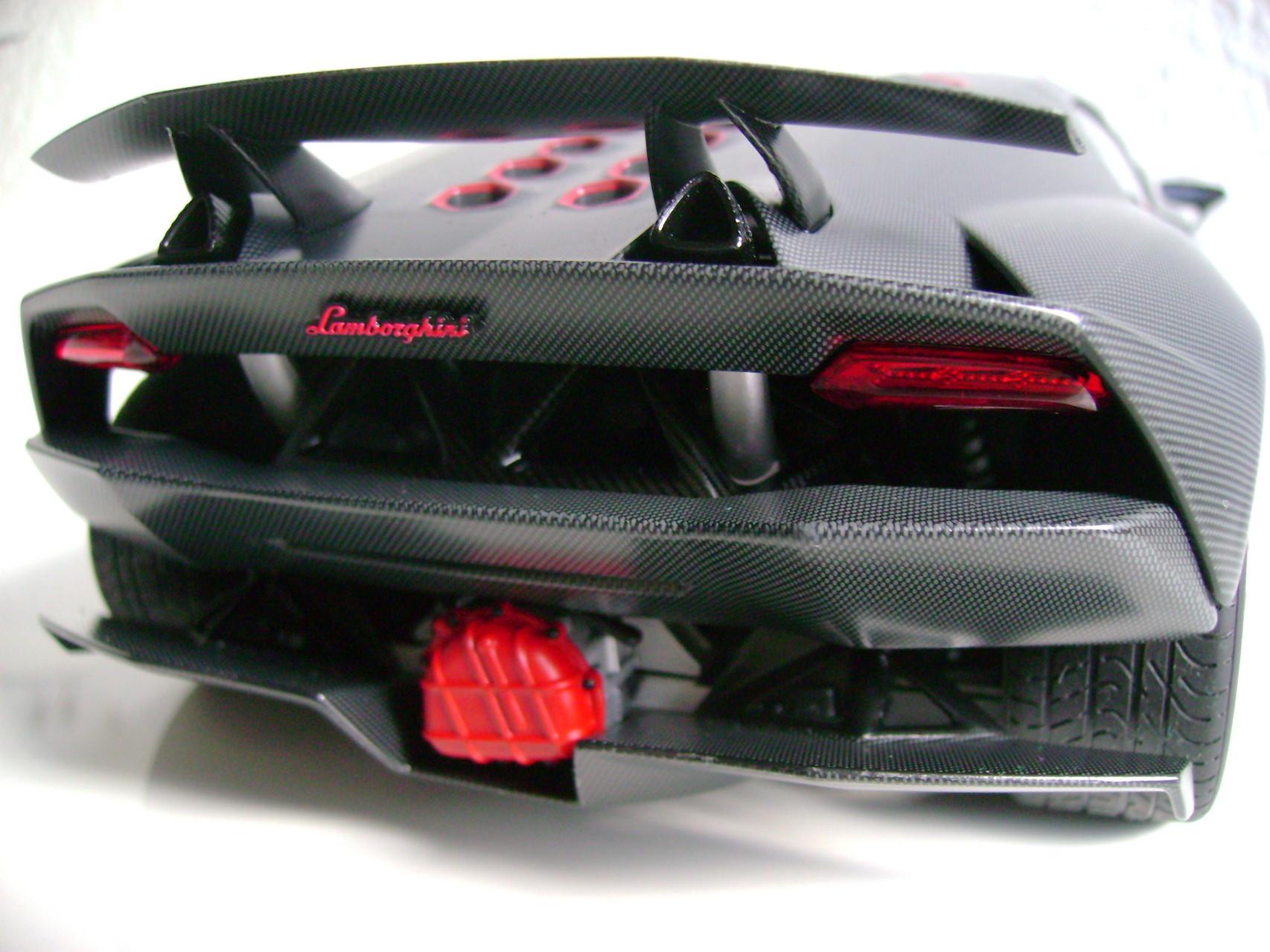 Lamborghini Sesto Elemento 1 18 Model Collector Homepage
