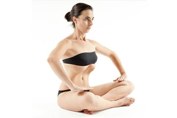 abdominales para mujeres sentadas