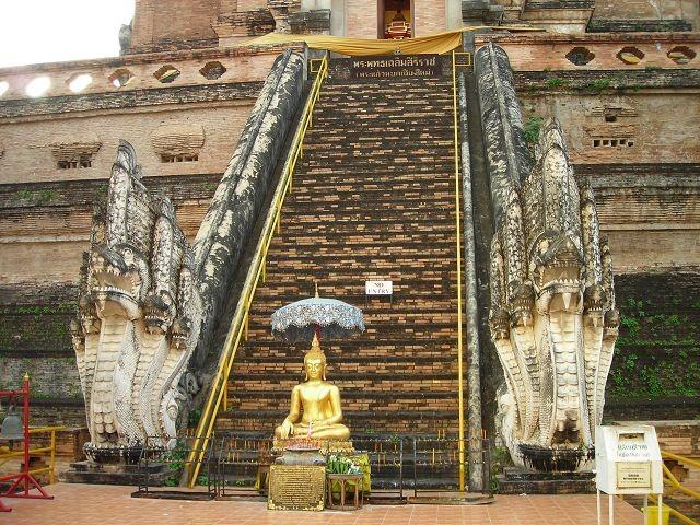 Wat Chedi Luang - Chiang Mai City