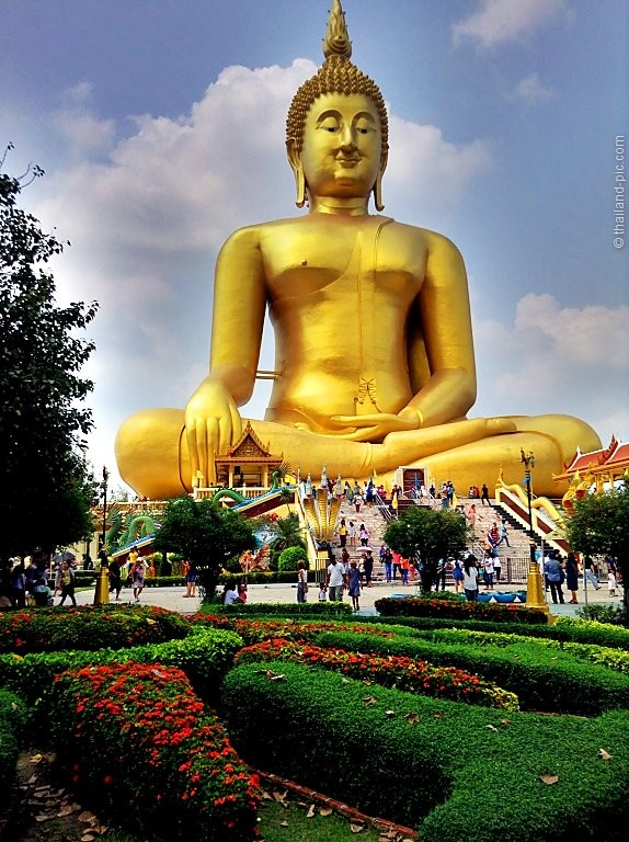 The Big Buddha Of Ang Thong - Wat Muang