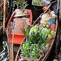 Damnoem Saduak Floating Market