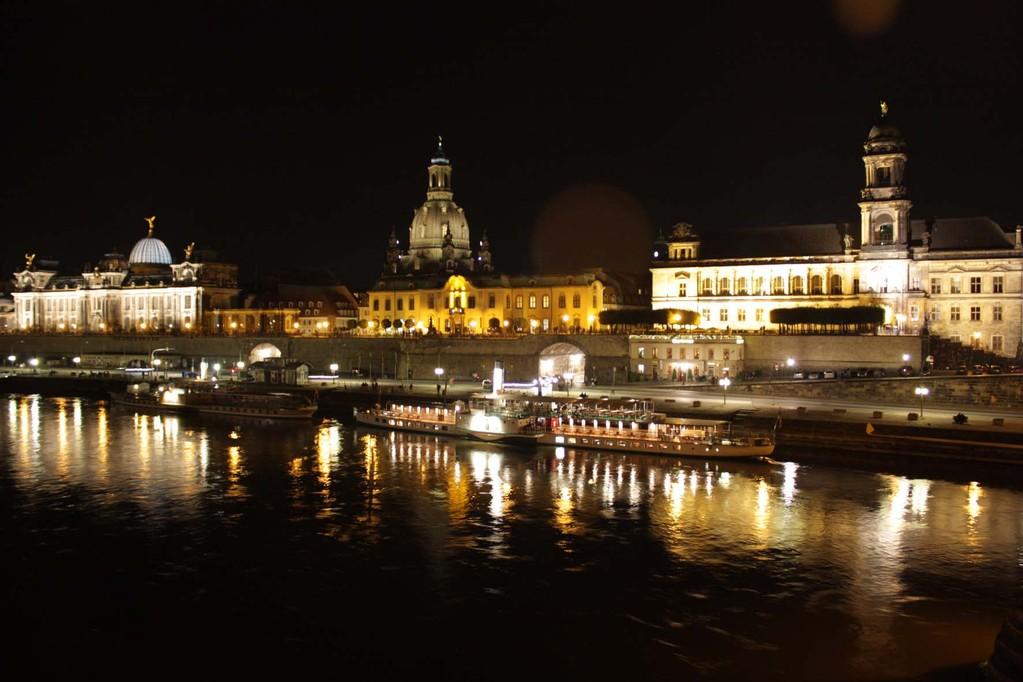 Dresdener Altstadt bei Nacht