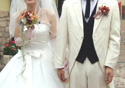 【ドライフラワーブーケ】 花嫁様のお好きなアンティークナチュラル&実ものドライフラワーをたっぷり使用しました