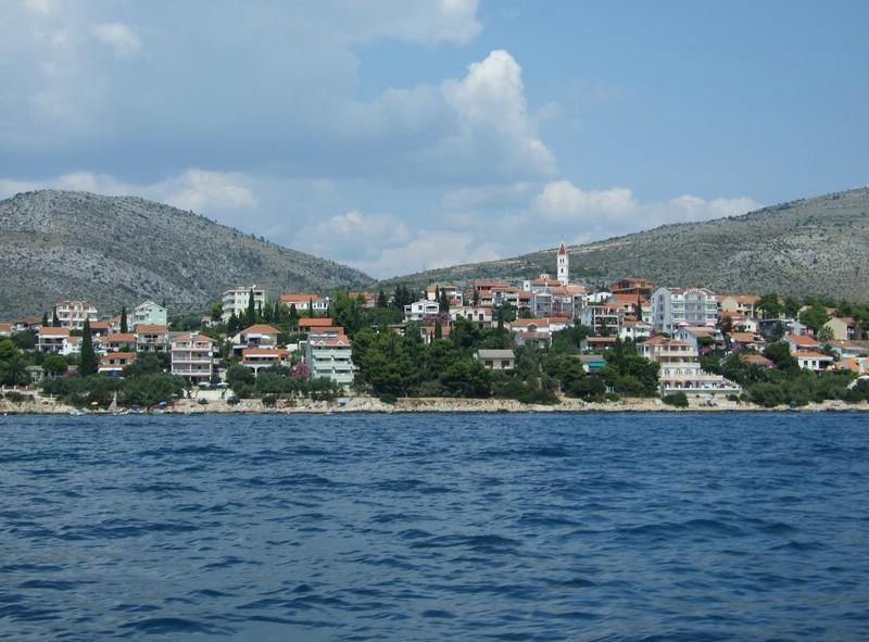 Marina gegenüber von Trogir (Festland)
