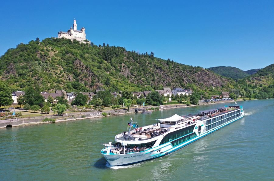 """Neues Premium Flussschiff MS """"Anna Katharina"""" mit Flusskreuzfahrten Rhein Amsterdam & Basel sowie Kurzreisen ab Köln (c) Foto Phoenix-Reisen"""