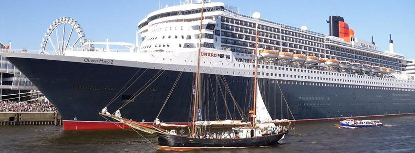Foto Queen Mary 2 im Hamburger Hafen zur Abfahrt Transatlantik nach New York (c) Reiselotsen cruise & tours e.K.