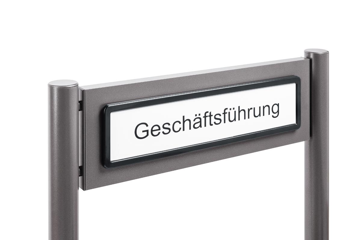 Parkplatzschild mit Aluminiumprofil rund und Edelstahl schwarz