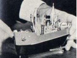 Schiff 2 mit Antrieb