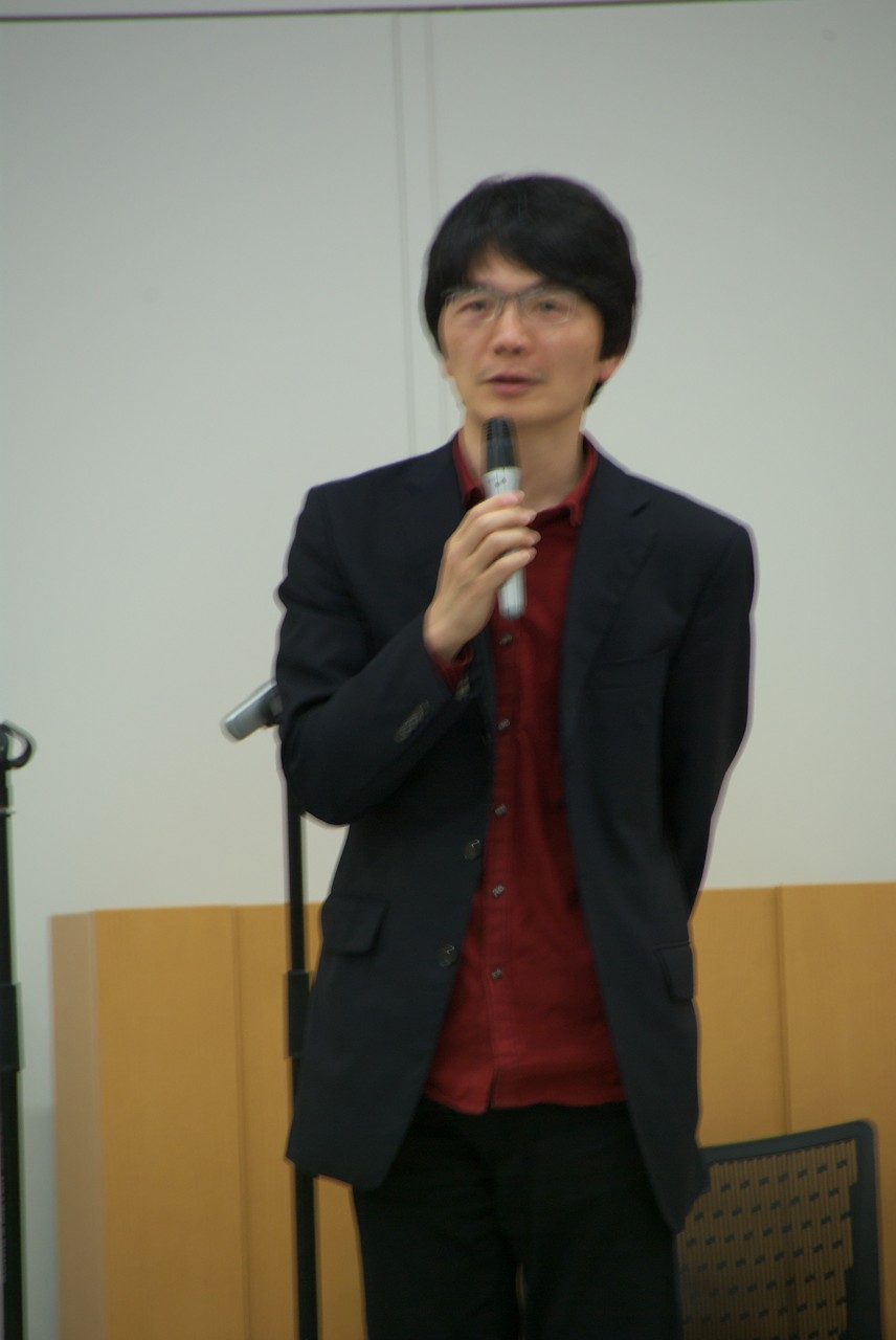 発表会第二部/司会:鈴木茂さん