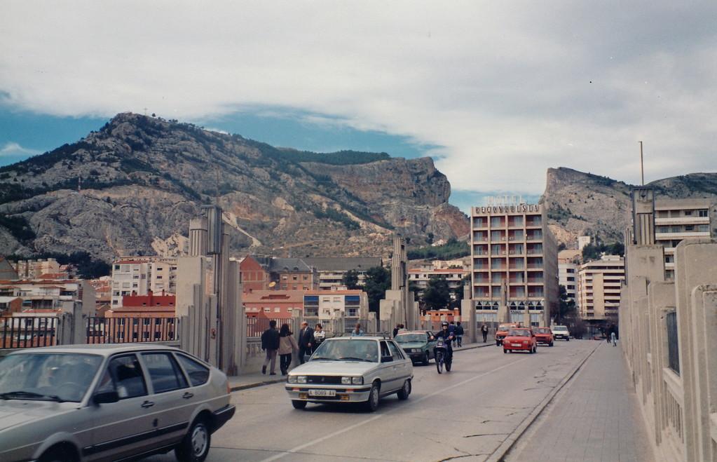 Alcoy風景/サンホルヘ橋から望む。